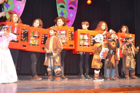 El grupo las maquinitas se proclam vencedor del - La casa de los disfraces sevilla montesierra ...
